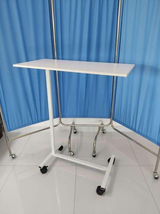 Mesa de alimentación para cama - 0