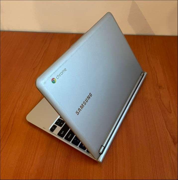 Notebook Samsung Chromebook - 4