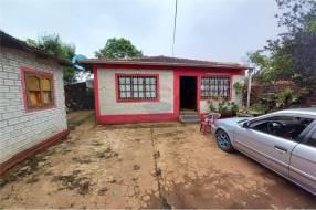 Casa con amplio patio en el Barrio Carmelitas