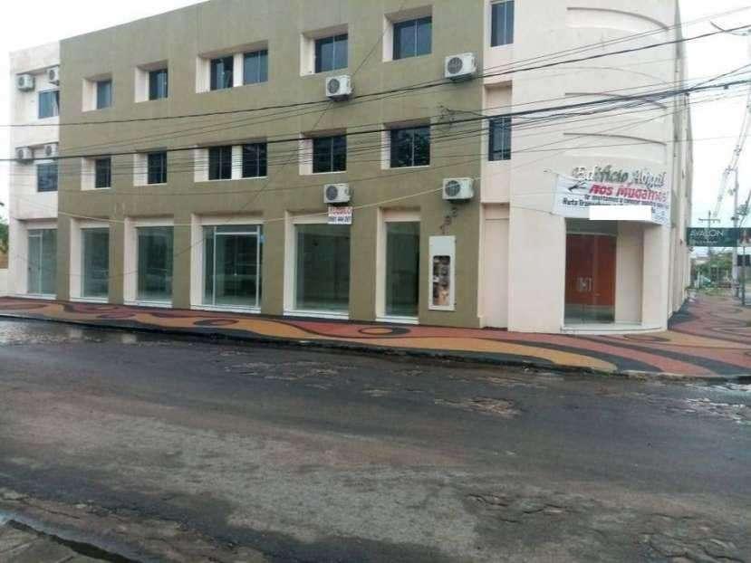 Salón en Mariano Roque Alonso COD 0199 - 4
