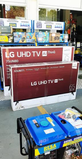 Smart TV LG UHD 4K de 65 pulgadas