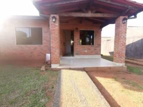 Casa en Villa Elisa J4172