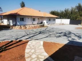 Mansión de 1 hectárea con casa de 360 m2 en Atyrá Cándida