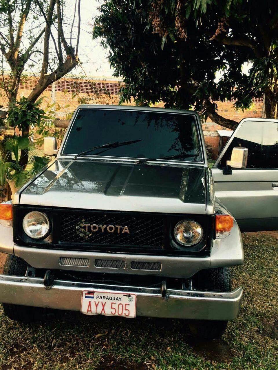 Toyota Land Cruiser ll 1986