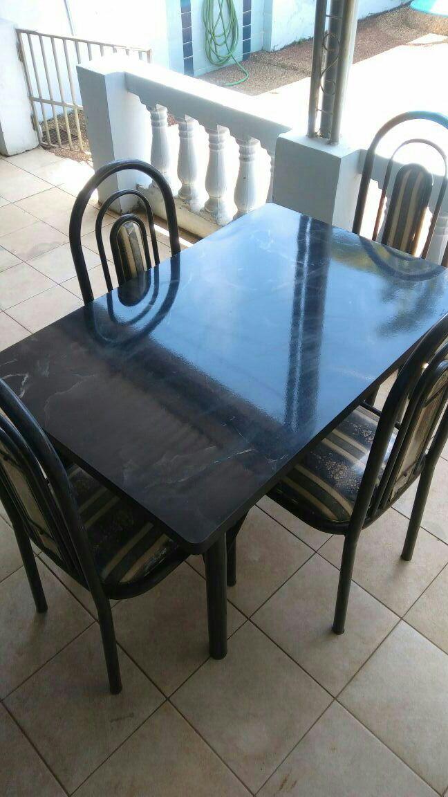 Mesa completa para comedor