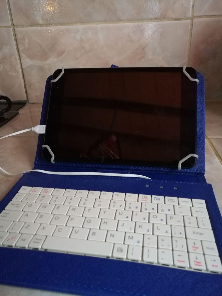 Tablet con caja y todo