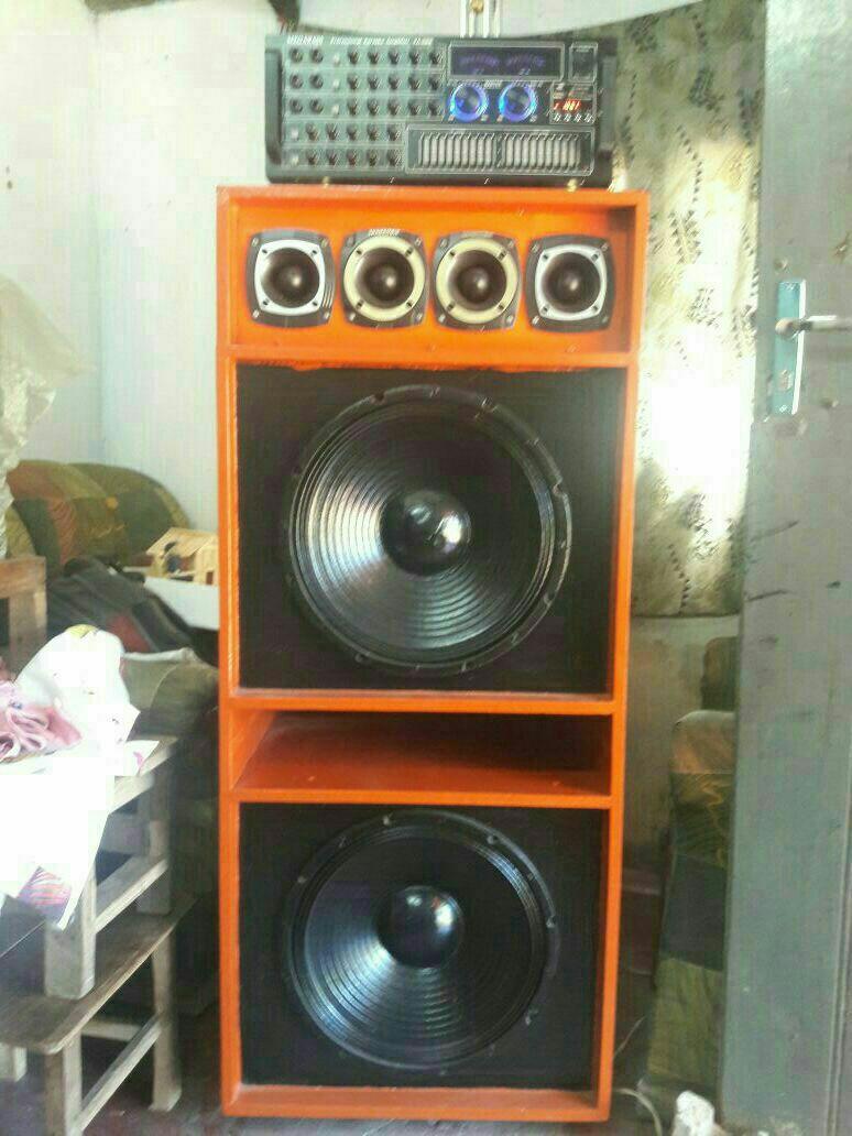 Amplificador megabass ka 2000