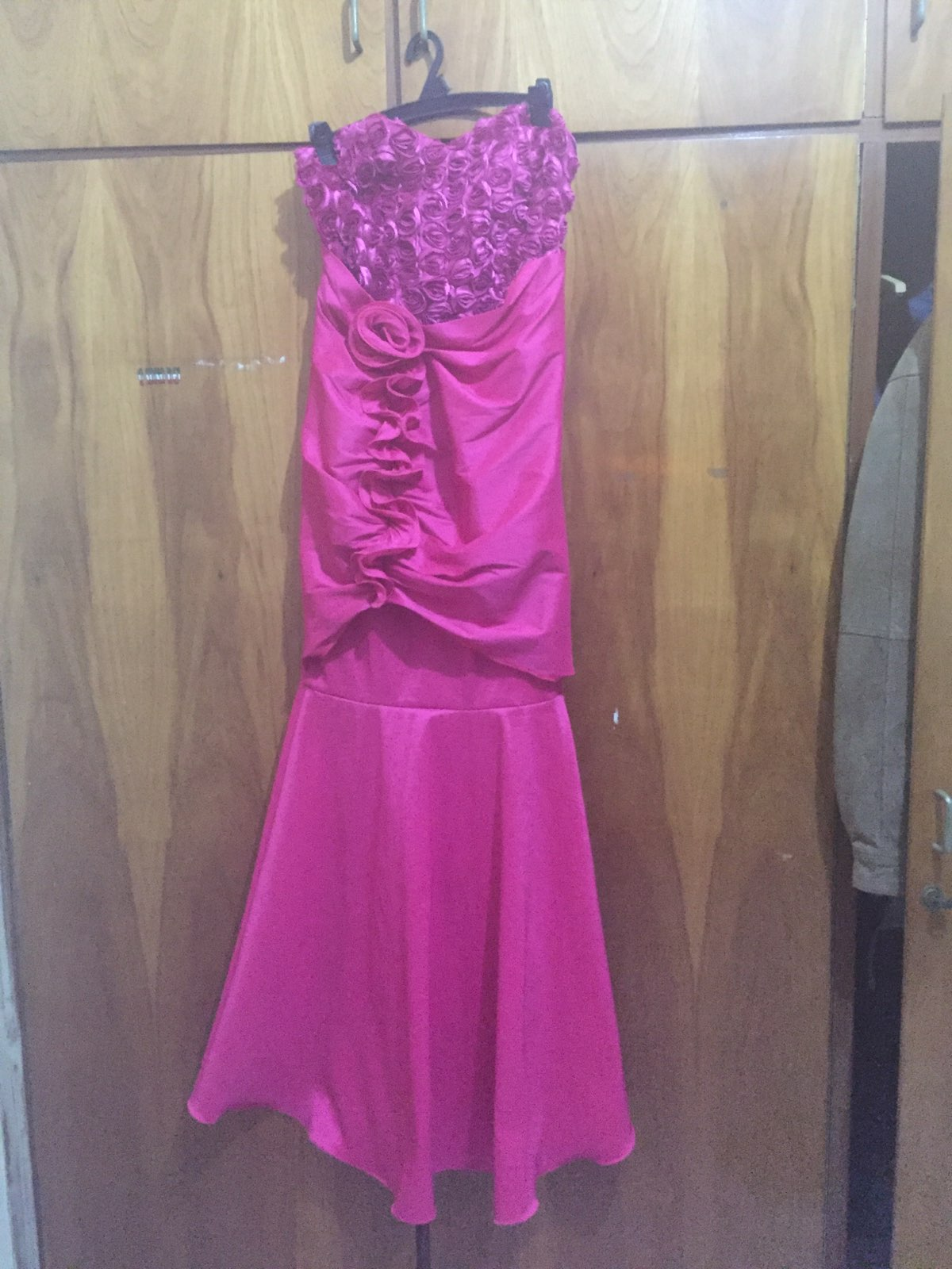 Vistoso Donde Comprar Vestidos De Fiesta Baratos Viñeta - Vestido de ...