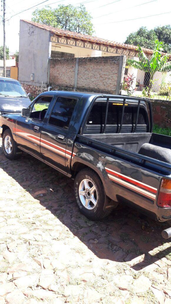 Toyota hilux 1995 diésel