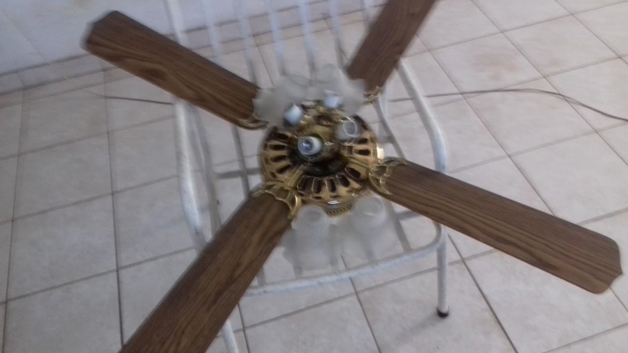 Ventilador con luces a reparar