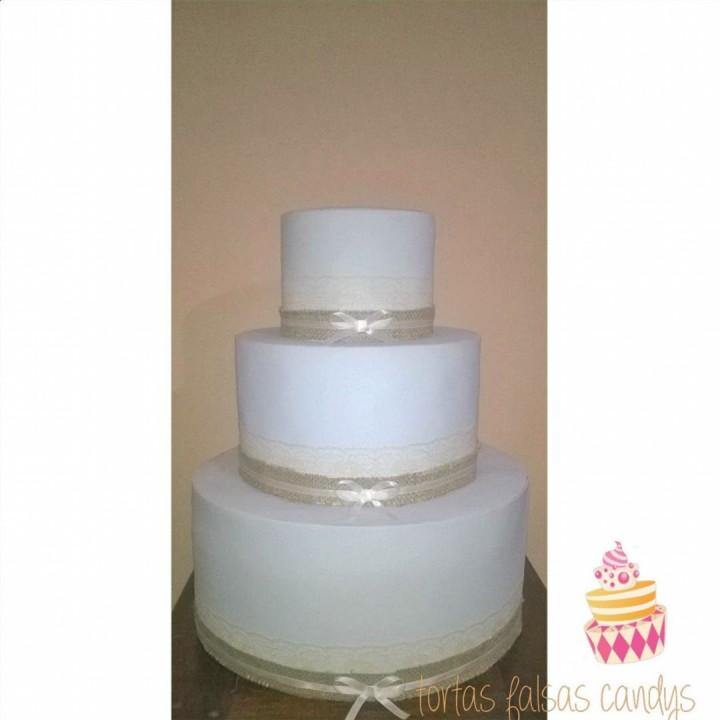 Torta falsa goma eva 3 pisos