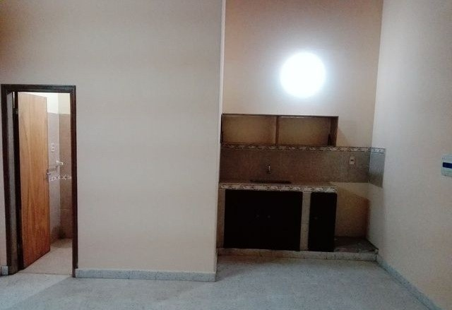 D plex con garage en luque maximiliano for Duplex con garage