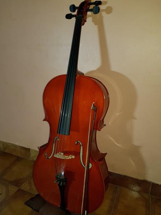 Violoncello Cremona 4/4