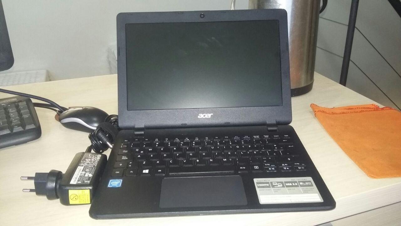 Netbook acer ES11 131 C4LI HDD 500 4GB RAM INTEL HD GRAFIC