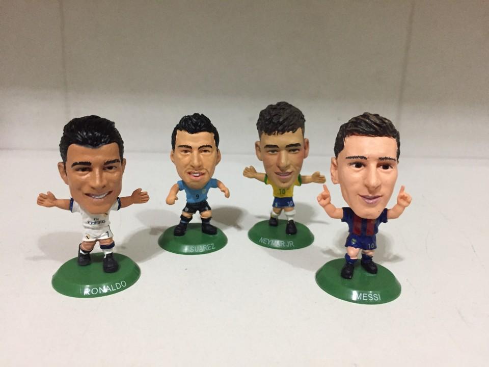 Figuras coleccionables de fútbol Messi CR7 Neymar y Suárez