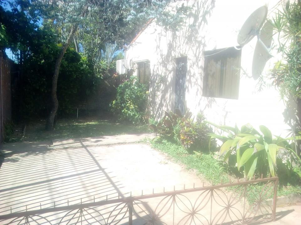 Casa en Loma Pytá barrio Las Colinas