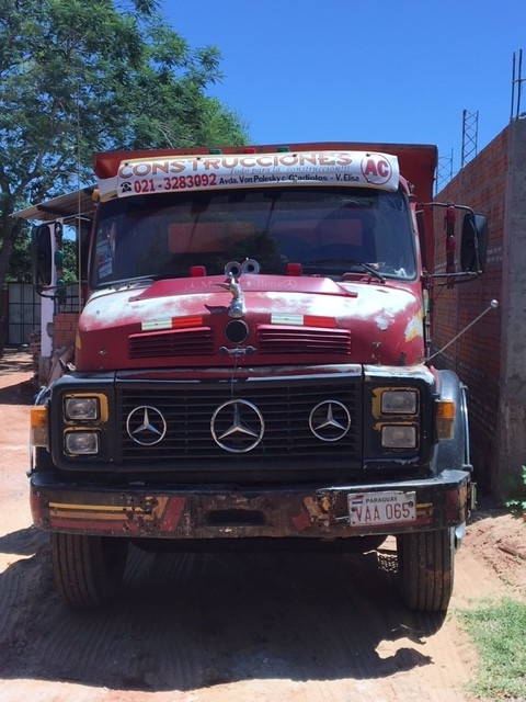 Volquete Mercedes Benz 1113