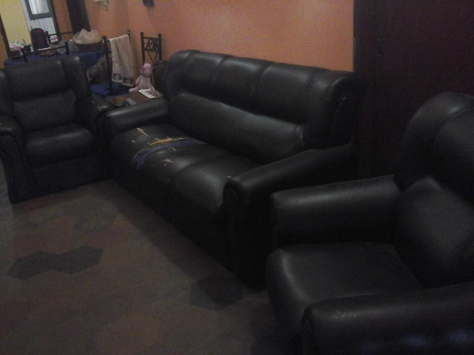 Sofa color negro
