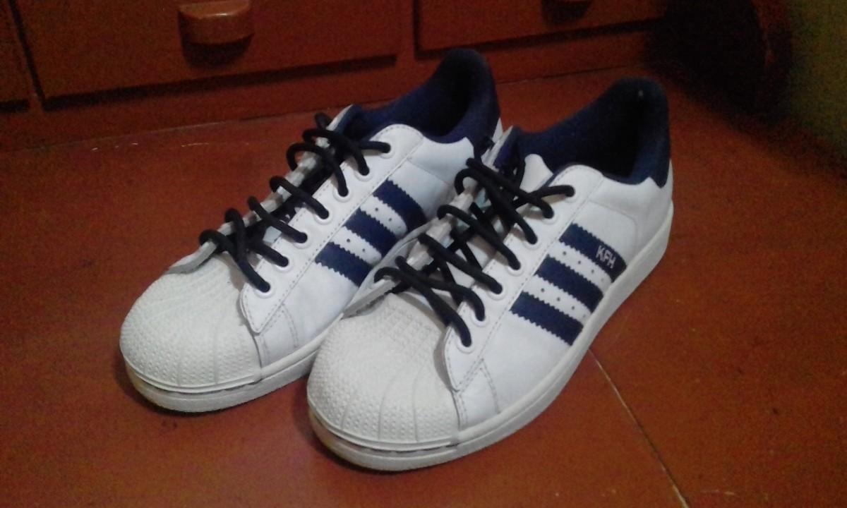 Champion Adidas Tapita Original