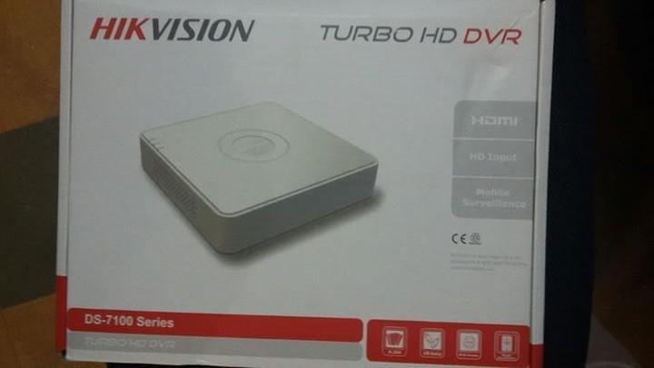 DVR HIKVISION de 4 canales