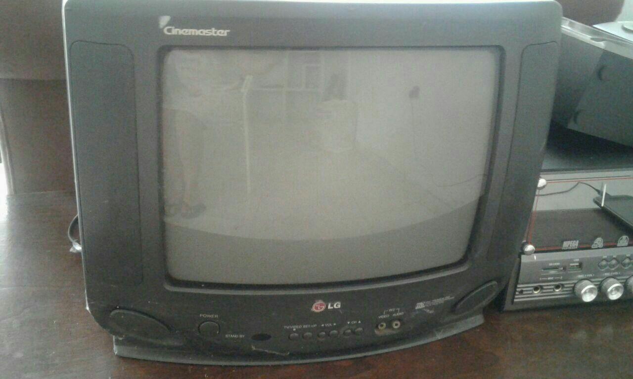 Televisor LG de 14 pulgadas