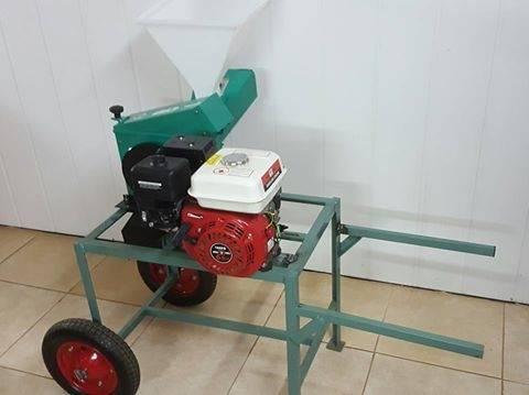 Forrajera picadora trituradora eléctrica y naftera