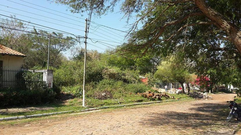 Dos terrenos Zona Yatch y Golf Club Paraguayo