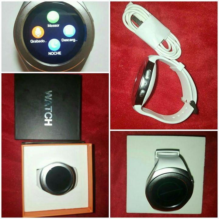 Reloj Smartwacht con accesorios
