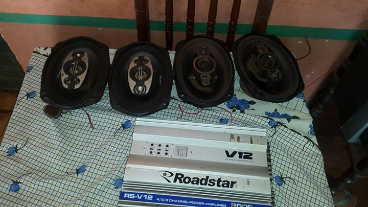 Parlantes ovalados de 600 rms y amplificador v12